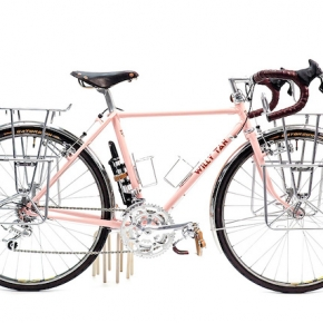 CYCLE EXIF X GRAVILLON #17 : LE TOURER ROSE DE WILLY TAN