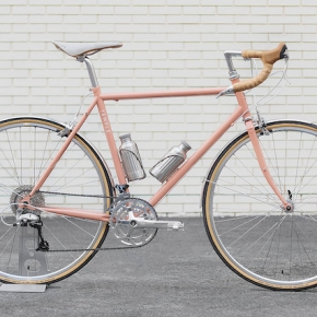 CYCLE EXIF X GRAVILLON #61 : LE VÉLO D'AVENTURE DUSTY PINK DE TEMPLE CYCLES