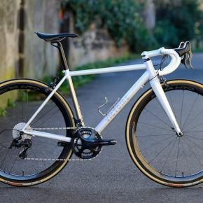 CYCLE EXIF X GRAVILLON #63 : LE CADRE COLUMBUS CENTO DE VICTOIRE CYCLES