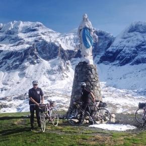 LES CHATS NOIRS CYCLISTES x GRAVILLON #3 : IMPLORER LA VIERGE